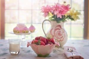 spring dinnerware