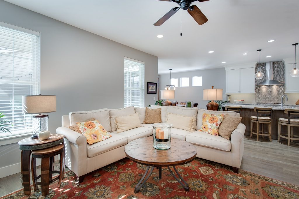 what size rug for living room should I buy